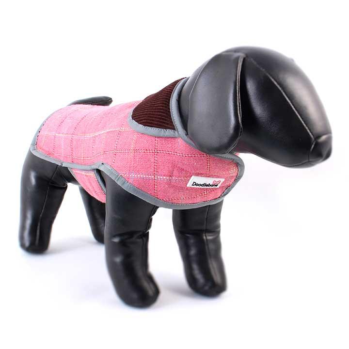 Kabát Tweedie Pink pro psy pre psov Doodlebone