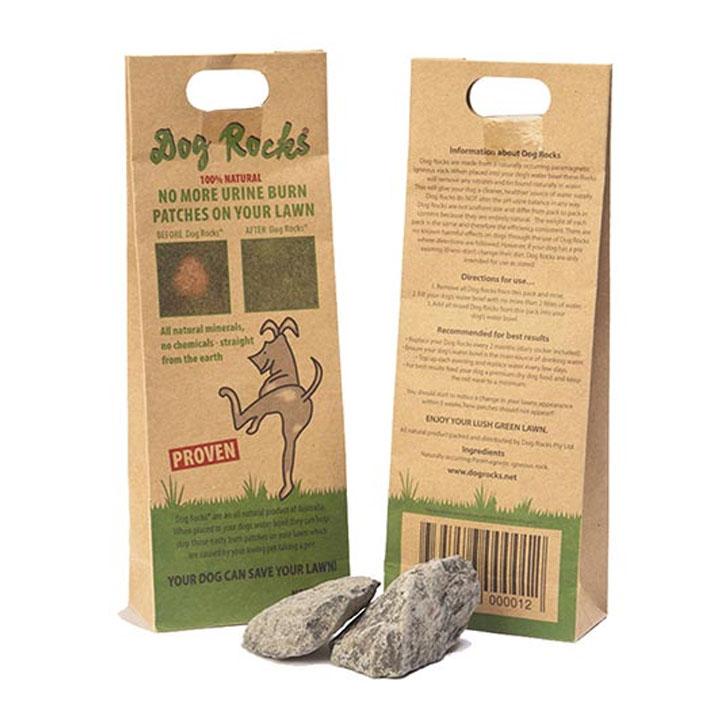"""Dog Rocks Přírodní vulkanické kameny pro psy. Efektivně zamezuje vzniku žlutých, """"vypálených"""" míst na trávníku."""