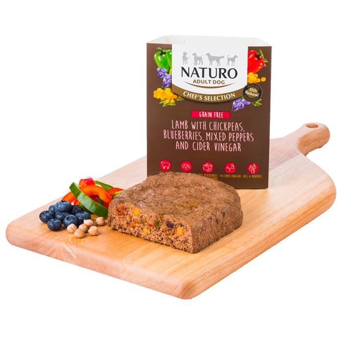 Naturo Chef's Jehněčí s cizrnou a borůvkami