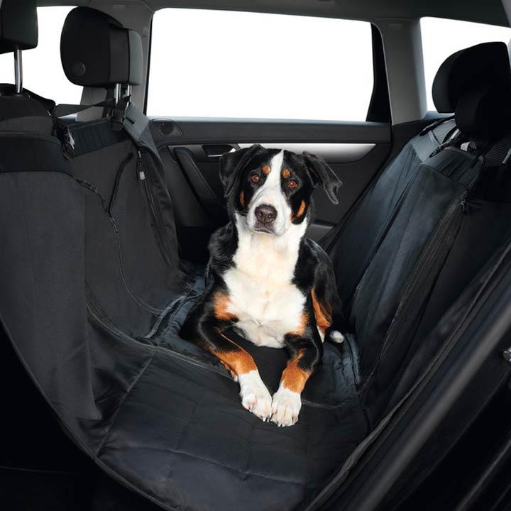 Hunter Deka pro psa do auta Hamilton